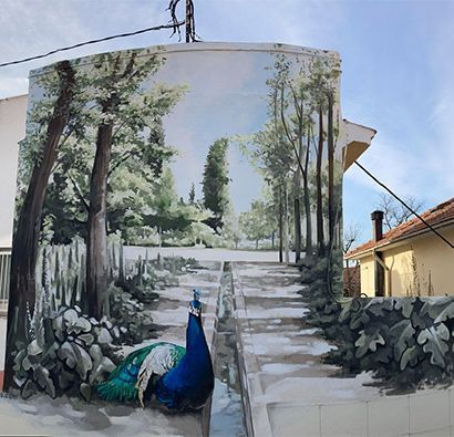 mural hecho a mano pared exterior